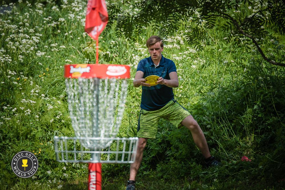 Ville Ahokas pelasi hienosti jaetulle 7. sijalle. Kuva: Disc Golf World Tour / Eino Ansio