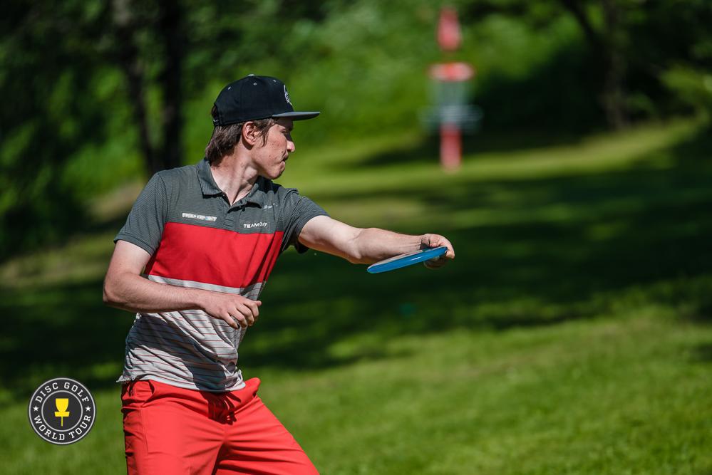 Kauden tasaisin suomalaissuorittaja Teemu Nissinen on viidentenä. Kuva: Disc Golf World Tour / Eino Ansio